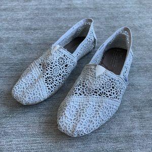 Silverlace lace Toms